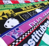 knitted supporter scarf
